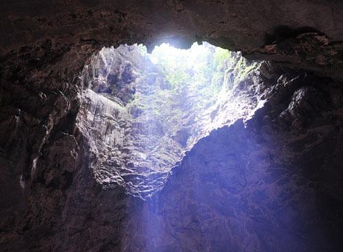 Quảng Bình: Đưa vào khai thác Tuyến du lịch Khám phá và trải nghiệm động Thiên Đường - Giếng Trời