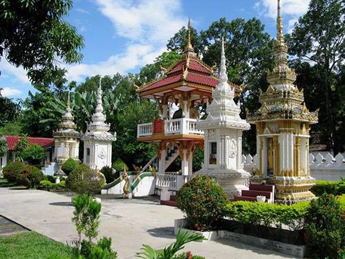 Tour Huế/ Đà Nẵng – Savanakhet – Viêng Chăn – Đông bắc Thái La