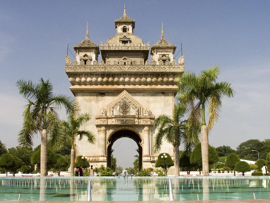 Tour Hà Nội – Viên Chăn – Udon Thani – Hồ Nặm Ngừm