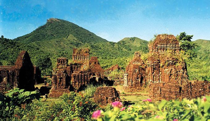 Tour Hà Nội- Tuy Hòa- Ghềnh Đá Đĩa- Quy Nhơn- Tháp Chăm- Tây Sơn- Hà Nội