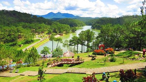 Tour TPHCM – Biển Nha Trang – Cao nguyên Đà Lạt