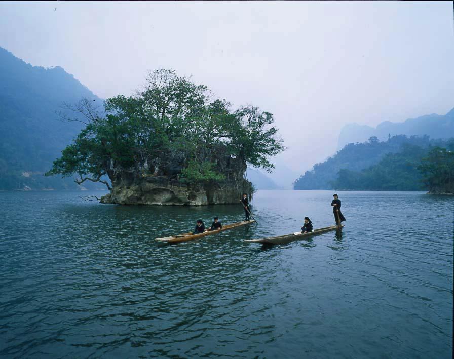 Tour Hà nội – Hồ Ba Bể – Thác Bản Giốc – Động Ngườm Ngao