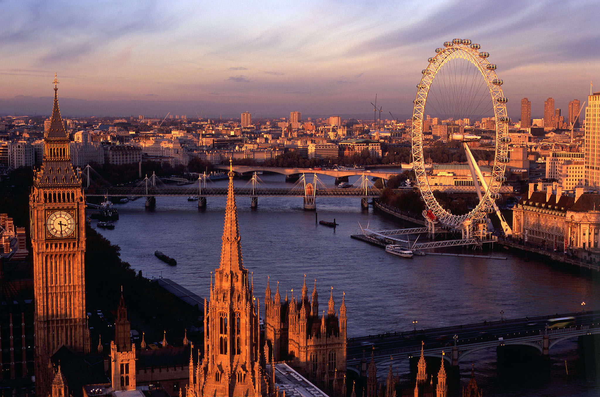 Tour Hà Nội – London – Winsor – Birmingham – Liverpool – Manchester