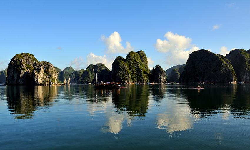Tour Hà Nội – Vân Đồn – Vịnh Bái Tử Long