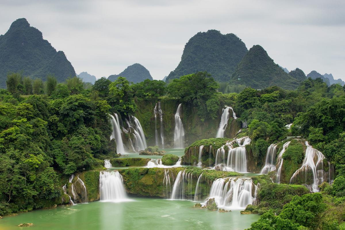 Tour Hà Nội – Cao Bằng – Hồ Ba Bể – Thác Bản Giốc – Hang Pắc Pó – Lạng Sơn