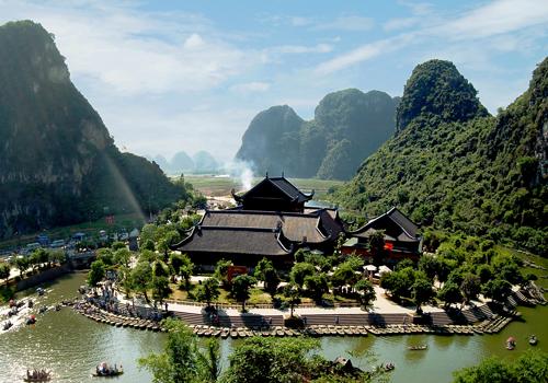 Tour Hà Nội- Chùa Bái Đính- KDl Tràng An- Kênh Gà- Động Vân Trình